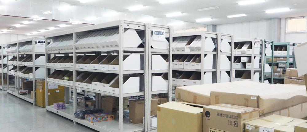 様々な商品の入出庫保管に対応