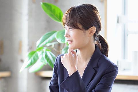 豊田 緑(神田本社/人事総務部 入社2年)